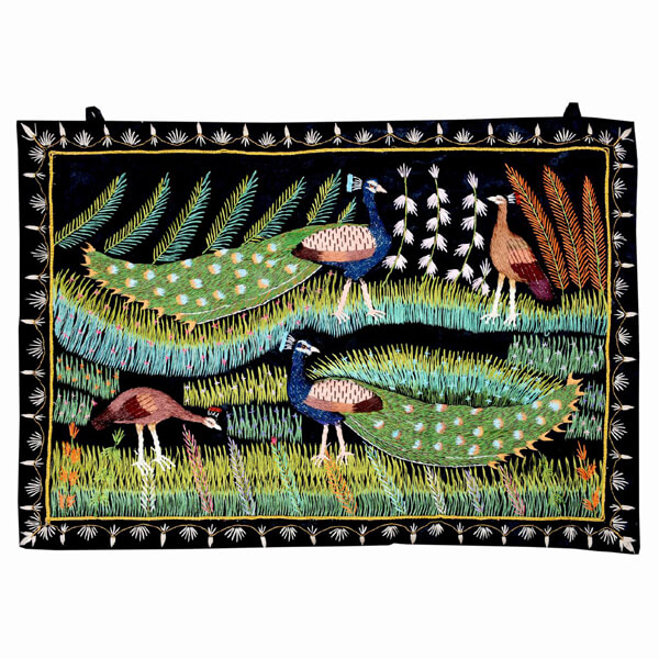2 Peacock pairon Black Tapestry