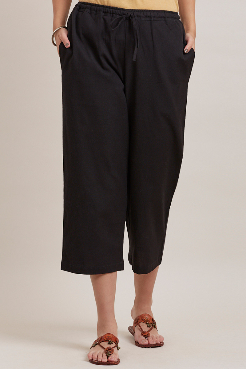 Black Cotton Solid Women Culottes-33325
