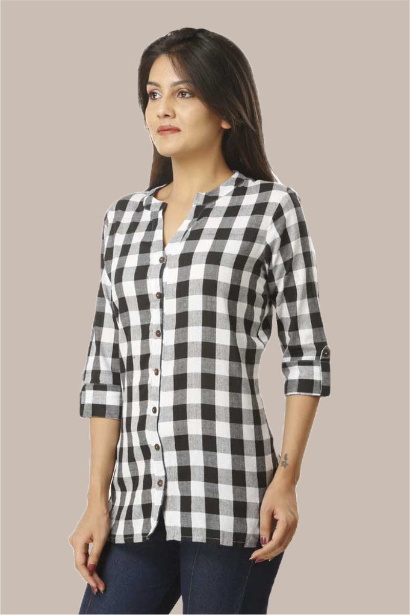 /home/customer/www/fabartcraft.com/public_html/uploadshttps://www.shopolics.com/uploads/images/medium/Black-White-Checks-34-Sleeve-Cotton-Women-Shirt-33698.jpg