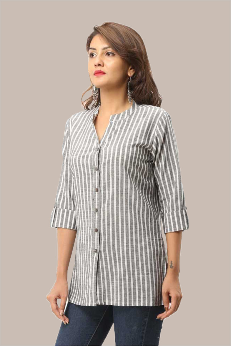 /home/customer/www/fabartcraft.com/public_html/uploadshttps://www.shopolics.com/uploads/images/medium/Black-White-Stripe-34-Sleeve-Cotton-Women-Shirt-33707.jpg