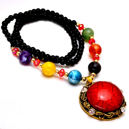 Black and MultiColor Pearls Drop Neckless with Circular Red Stone Pandent for Women
