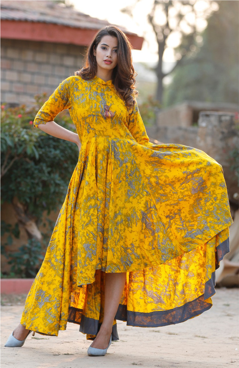 Yellow-Green Full flare high- low dress in high neck-k89-33608