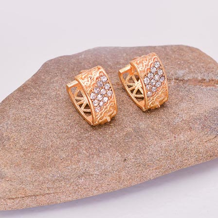 fcbf413bdf5d83 Buy Gold tops Earring with Crystal Stone for Women for Best Price, Reviews,  Free Shipping