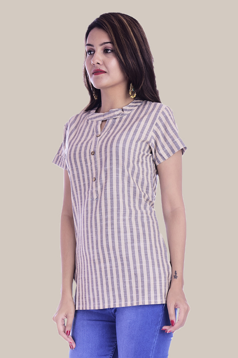 /home/customer/www/fabartcraft.com/public_html/uploadshttps://www.shopolics.com/uploads/images/medium/Gray-Beige-Stripe-Half-Sleeve-Cotton-Women-Top-33999.jpg