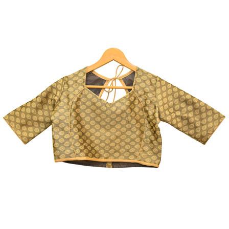 /home/customer/www/fabartcraft.com/public_html/uploadshttps://www.shopolics.com/uploads/images/medium/Gray-and-Cream-Leaf-Silk-Brocade-Blouse-30095.jpg