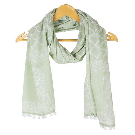 /home/customer/www/fabartcraft.com/public_html/uploadshttps://www.shopolics.com/uploads/images/medium/Green-White-Floral-Cotton-Block-Print-Dupatta-With-Pom-Pom-33120.jpg
