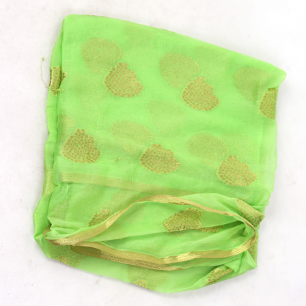 /home/customer/www/fabartcraft.com/public_html/uploadshttps://www.shopolics.com/uploads/images/medium/Green-and-Golden-Leaf-Pattern-Chiffon-Fabric-29023.jpg