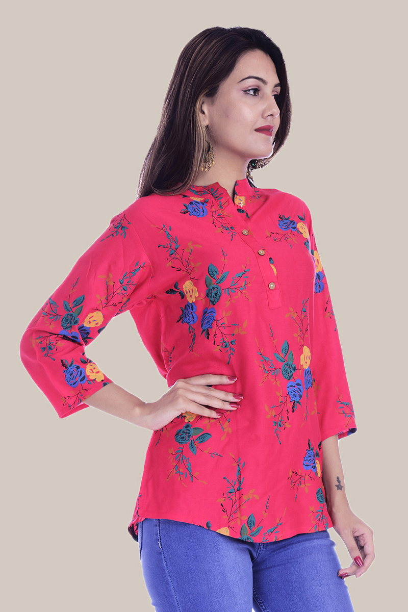 /home/customer/www/fabartcraft.com/public_html/uploadshttps://www.shopolics.com/uploads/images/medium/Magenta-Pink-Yellow-and-Blue-Floral-34-Sleeve-Cotton-Women-Top-34001.jpg