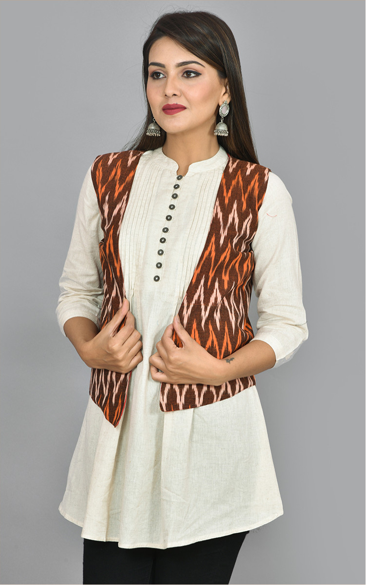 /home/customer/www/fabartcraft.com/public_html/uploadshttps://www.shopolics.com/uploads/images/medium/Maroon-White-and-Orange-Ikat-Cotton-Koti-Jacket-36262.jpg
