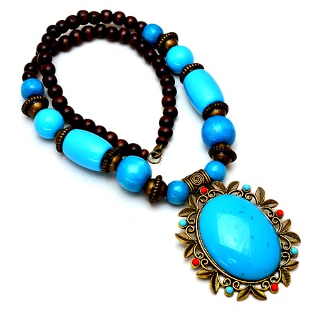 Maroon and Sky Blue pearls Drop Neckless with Round Pandent for Women