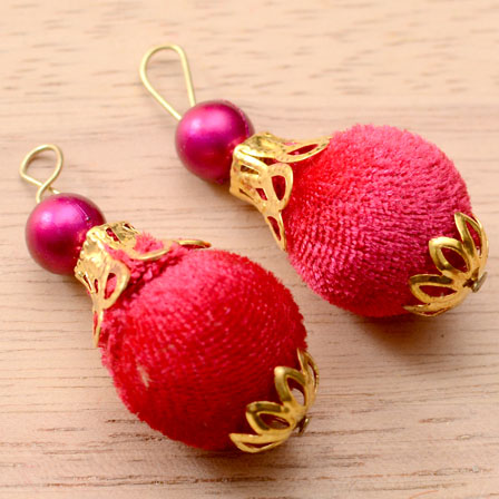 Handmade Pom Pom Decorative Latkan with Dark Pink Pearl-0078