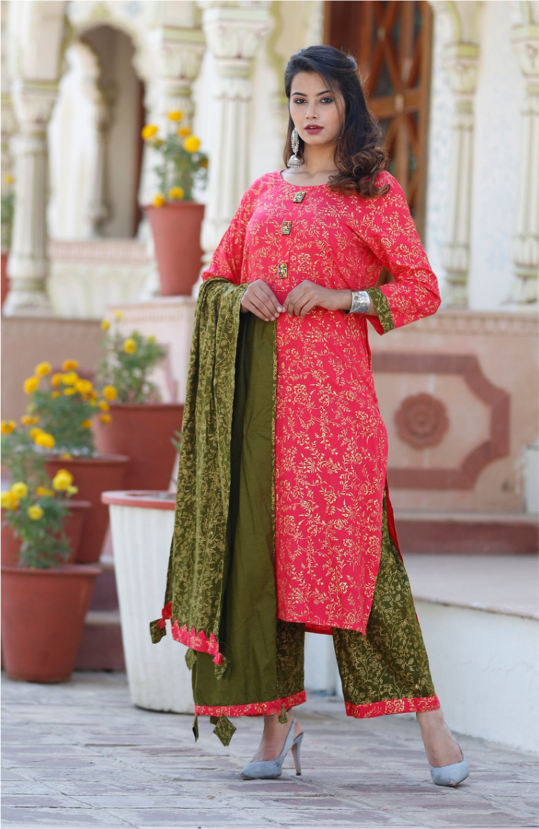 Red-Green Suit Set for Women in Heavy Rayon-k88-33607