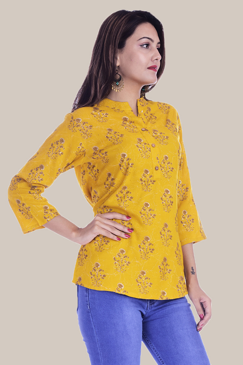 /home/customer/www/fabartcraft.com/public_html/uploadshttps://www.shopolics.com/uploads/images/medium/Yellow-Golden-Floral-34-Sleeve-Cotton-Women-Top-34002.jpg