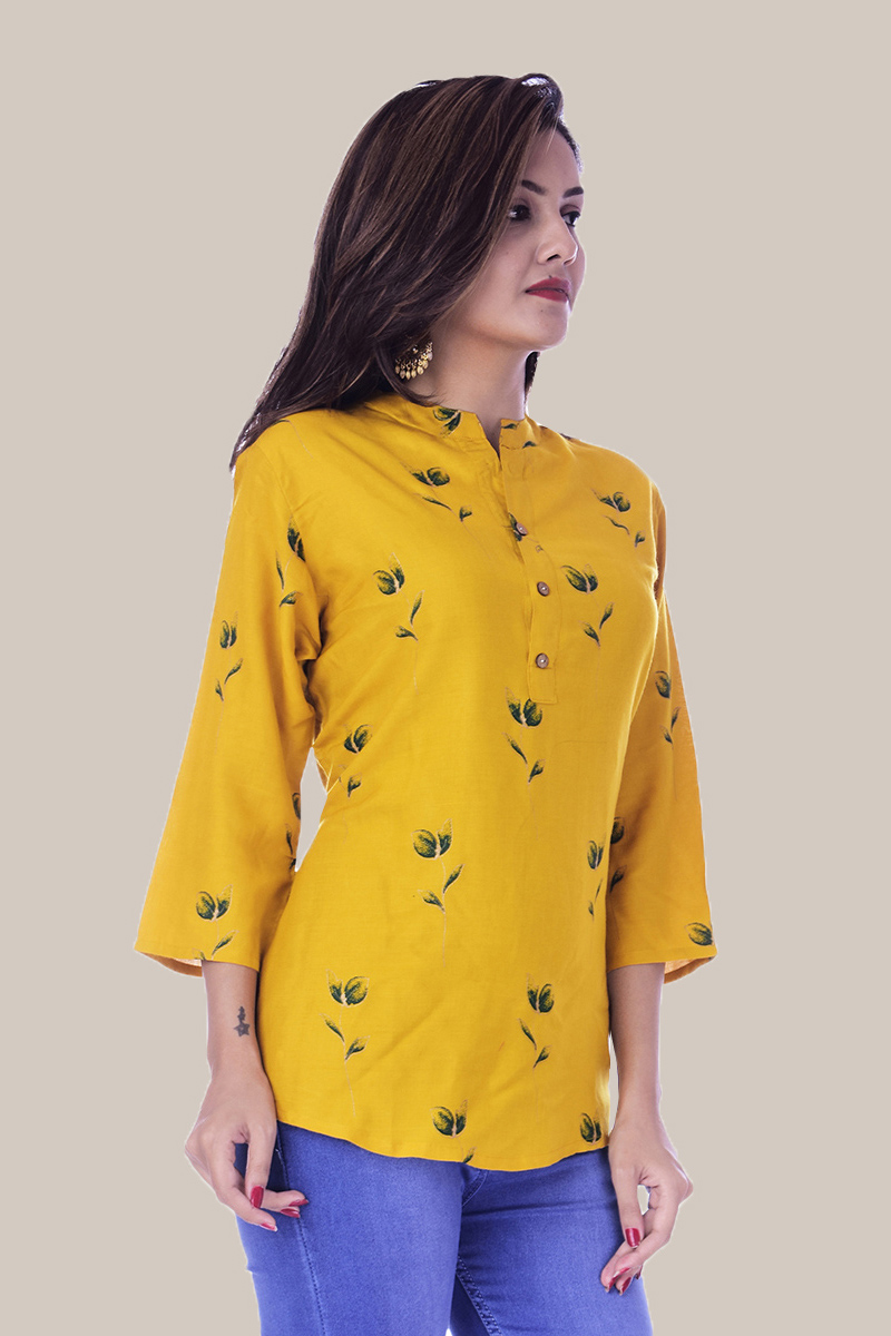 /home/customer/www/fabartcraft.com/public_html/uploadshttps://www.shopolics.com/uploads/images/medium/Yellow-Gray-Floral-34-Sleeve-Cotton-Women-Top-34023.jpg