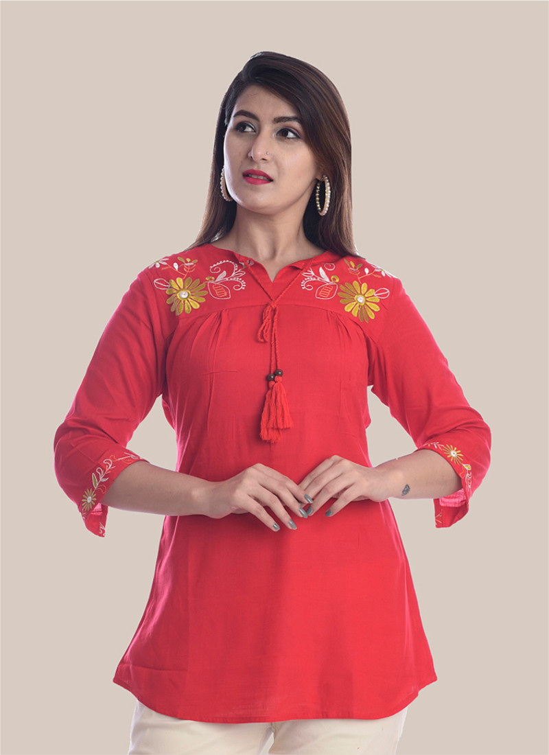 3/4 Sleeve Red Round Neck Embroidery Top-35044