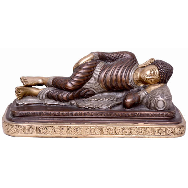 Antique metal sleeping Budha Sclupture