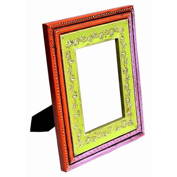Green-Red White Wood Photo Frame