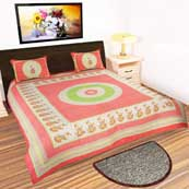 Parrot white and peach Gujari Printed Bedsheet with 2 Pillow Covers